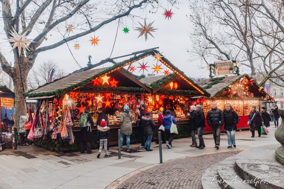 Female travel blog Christmas market 2677