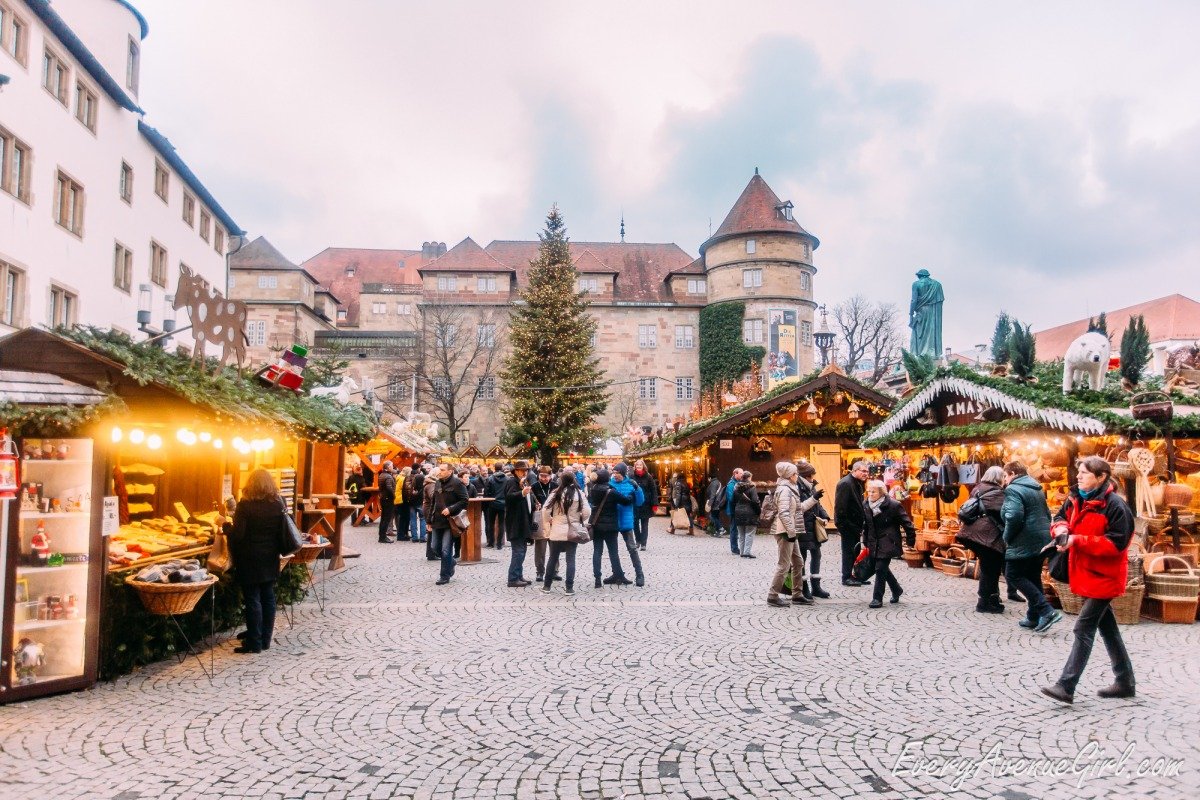 Female travel blog Christmas market 2686