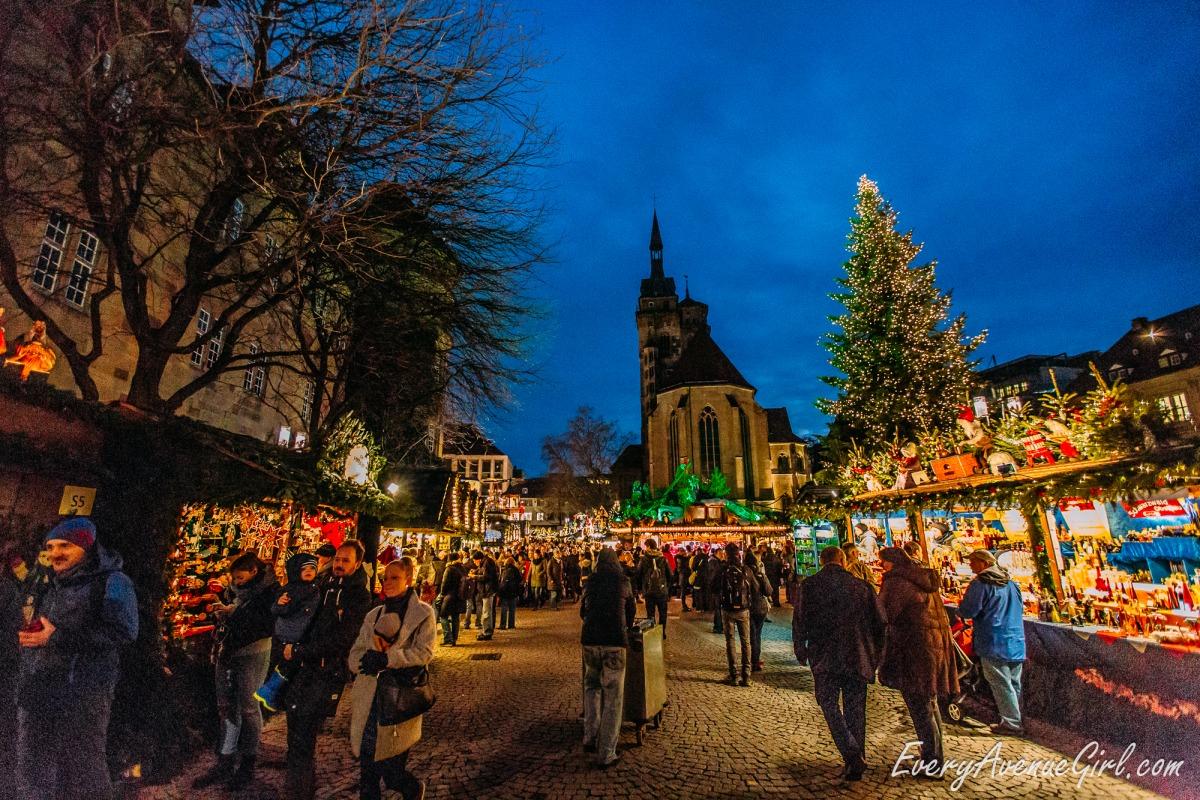 Female travel blog Christmas market 3077